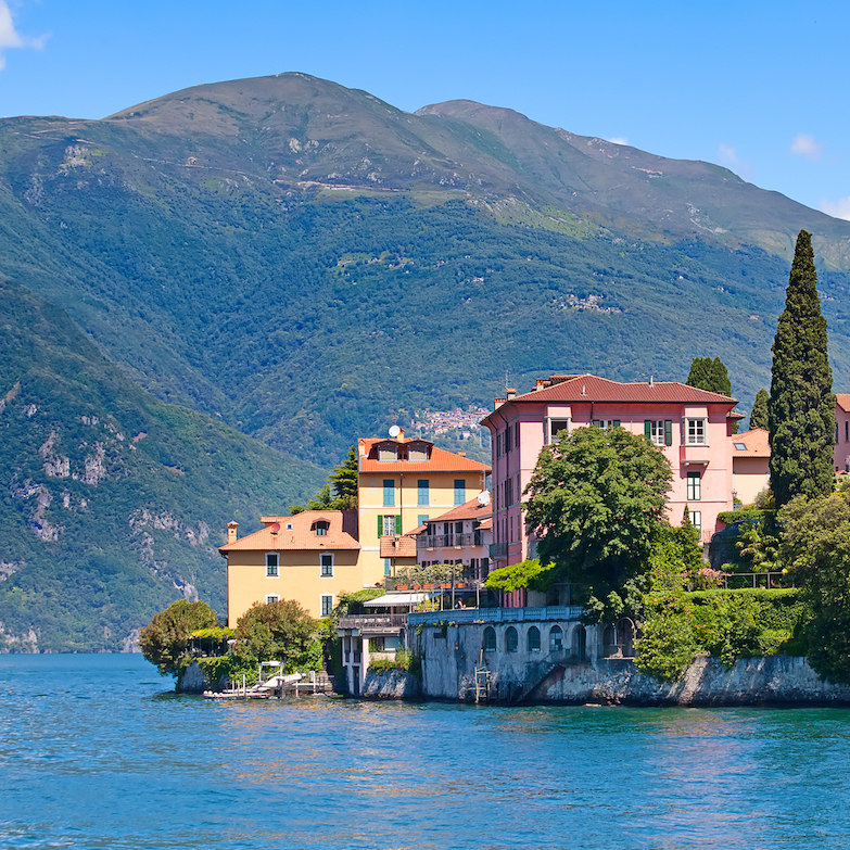 https://www.travelersjoy.com/blog/Italy_lakes_honeymoon.jpg