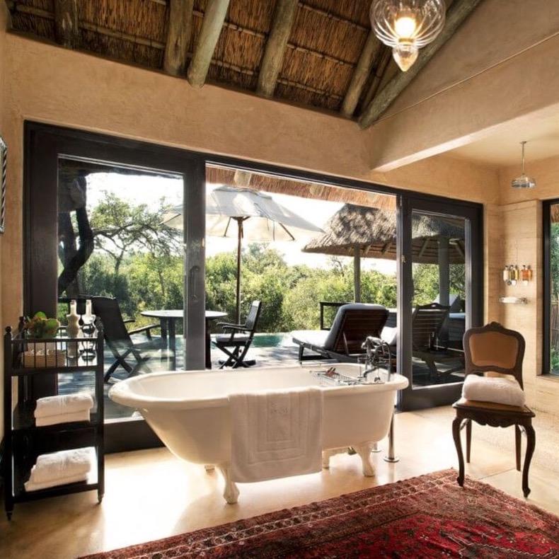 https://www.travelersjoy.com/blog/Suites_South_Africa_The_Royal_%20Portfolio-1.jpeg