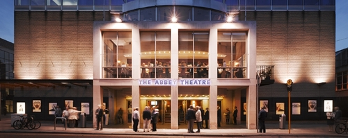 Abbey-Theatre-Dublin1.jpg