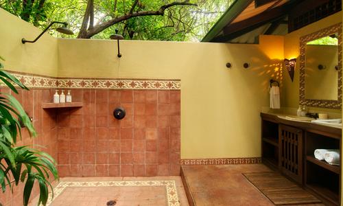 Latitude_10-Eco-Resort-Costa_Rica3.png