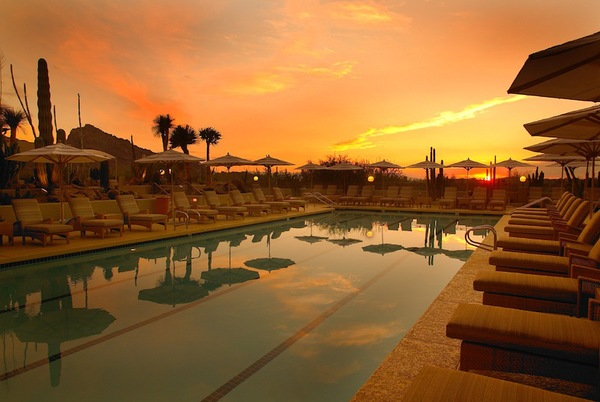 Camelback-Inn-Spa- Pool2-Arizona-Honeymoon.jpg