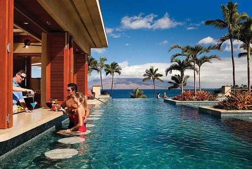 Infinity-Cocktails-Maui.jpg