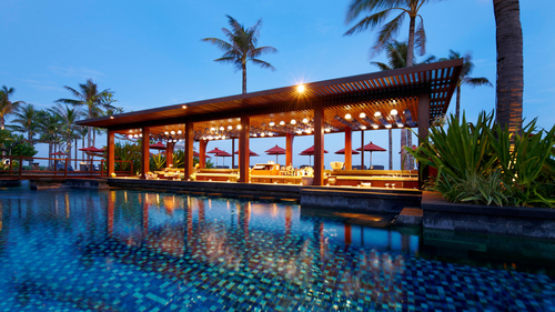 Bali_St_Regis_Vista_Pool_Bar.jpg