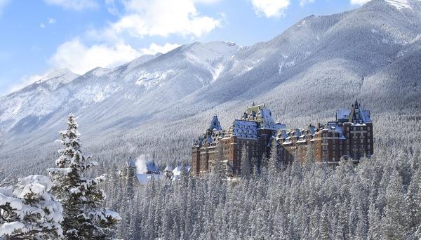 Banff_Canada_Snowy_Winter.jpg