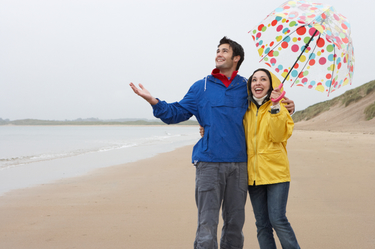 couple-beach-rainy-day-1.jpg