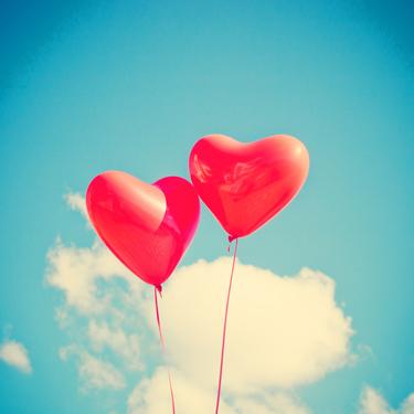 valentines_day_balloons-blue_sky-1.jpg