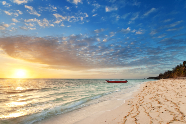 honeymoon-beach_sunset1.jpg