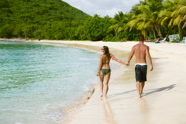 honeymoon_couple_on_beach-1.jpg