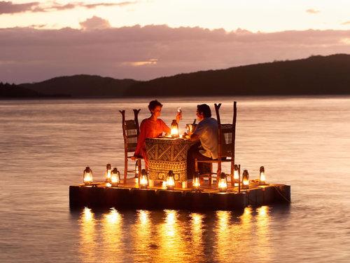 romantic_honeymoon_dinner-1.jpg
