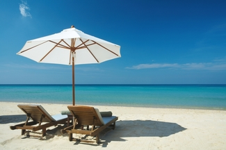 beach_chairs_honeymoon-1.jpg