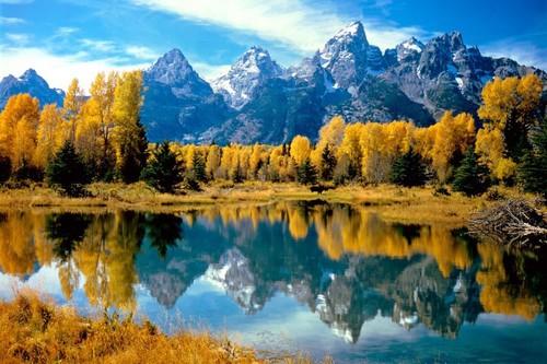 grand_teton_national_park_fall-1.jpg