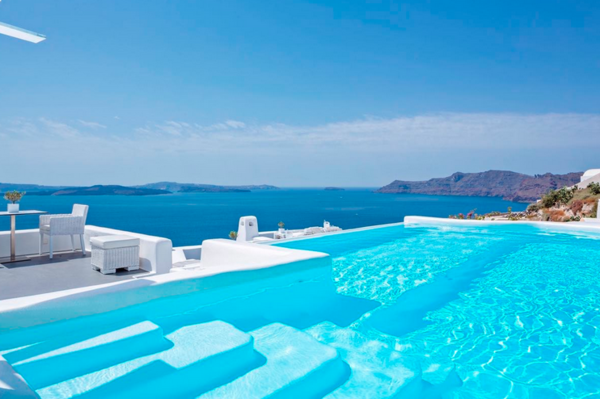 canaves_oia_santorini_pool_02.png