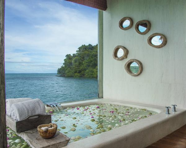 Song_Saa_-_royal_suite_overwater_bungalow.jpg