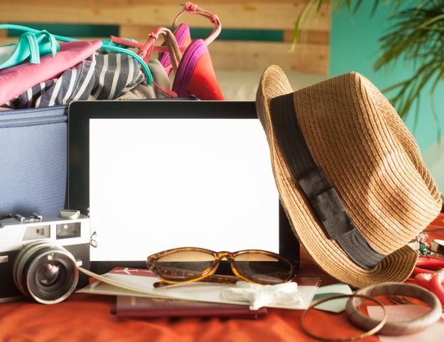 honeymoon_packing_guide_tropical.jpg