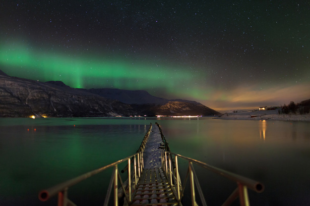 norway_honeymoon_northern_lights.jpeg