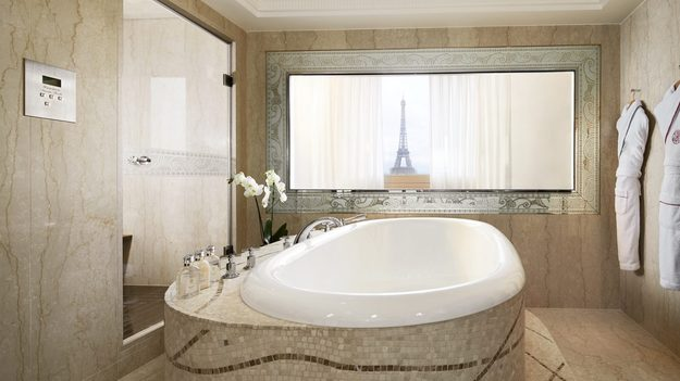 paris_plaza_athenee_hotel_honeymoon.jpg