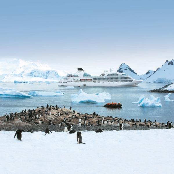 Antarctica_Seabourn_Quest-1.jpg