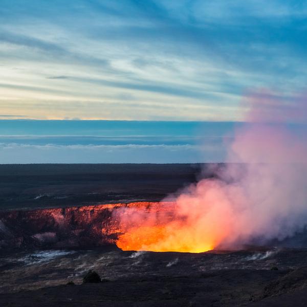 Hawaii-Kilauea-Caldrea-1.jpg