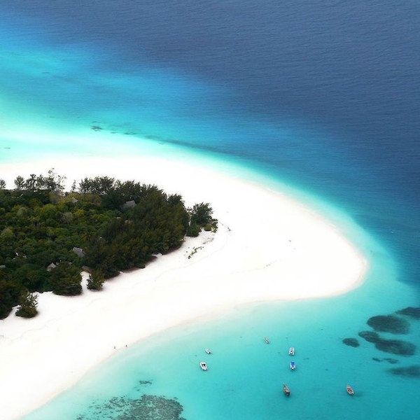 Tanzania_Mnemba_Island-2.jpg