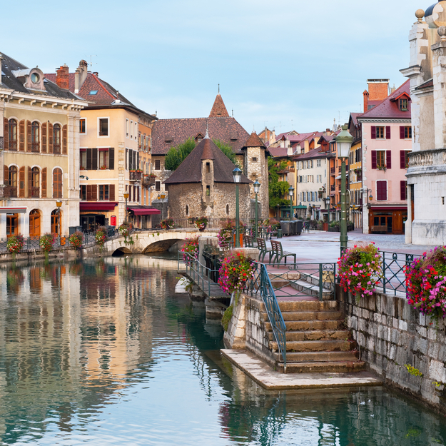Annecy_honeymoon-1.jpg