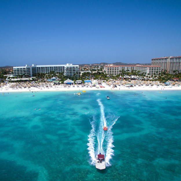 Aruba_Marriott_Resort_Boat_Resort.jpg