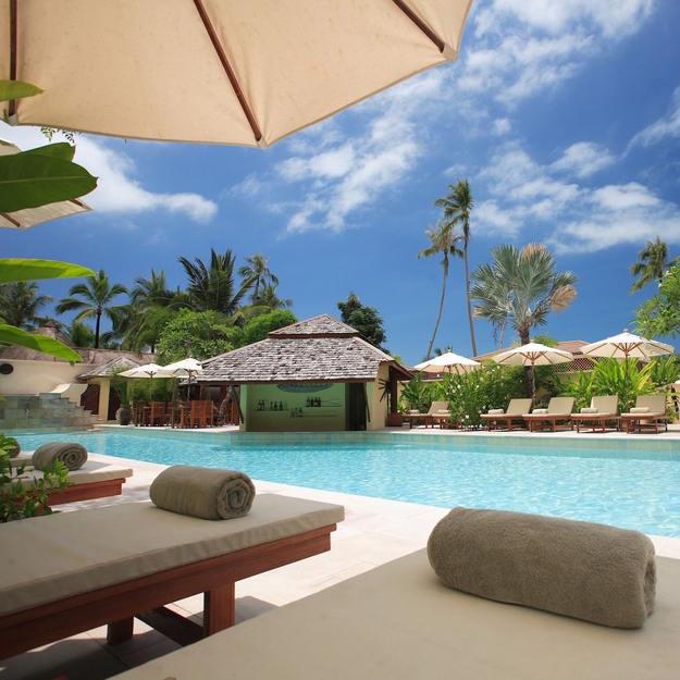 honeymoon_resort_pool_view-1.jpg