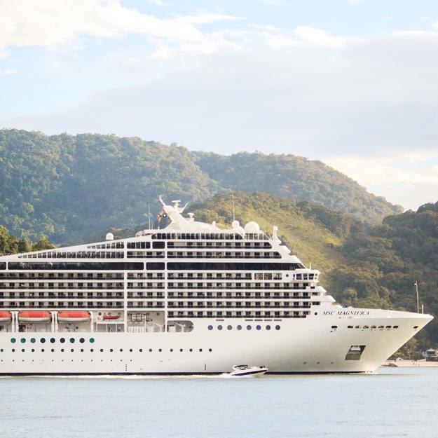 honeymoon_cruise_ship.jpg
