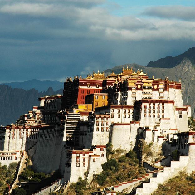 Off_the_Tourist_Path_honeymoon_Lhasa.jpg