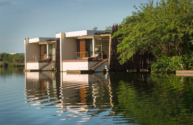 overwater_honeymoon_bungalows-3.jpg