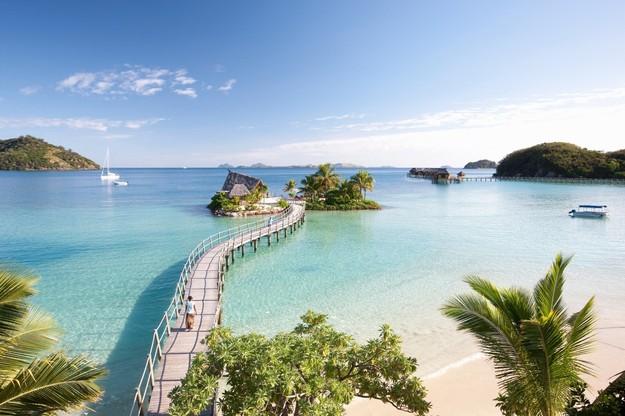 overwater_honeymoon_bungalows-4.jpg