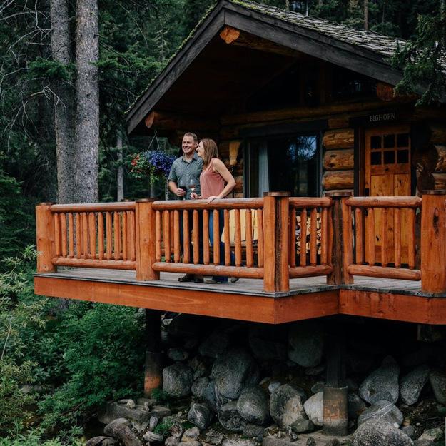 best_outdoor_honeymoons-3.jpeg