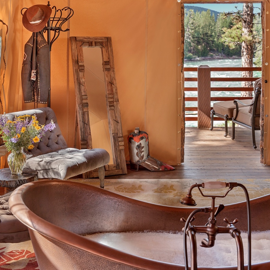 https://www.travelersjoy.com/blog/cliffside_camp_resort_at_paws_up-2.jpg
