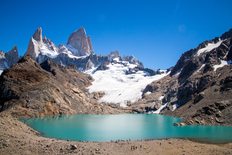 https://www.travelersjoy.com/blog/patagonia_mount_fitz_roy-1.jpg