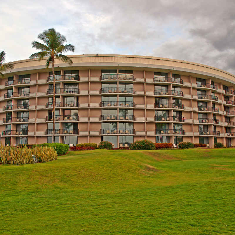 Hawaiian Big Island tropical oceanfront hotel